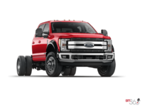 2017 Ford Chassis Cab F-450 LARIAT | Photo 3 | Race Red