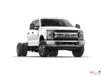 2018 Ford Chassis Cab F-350 XLT | Photo 3 | Oxford White