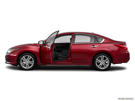 2017 nissan altima 3 5 sl for sale in st j r me ste agathe and mont laurier belvedere nissan. Black Bedroom Furniture Sets. Home Design Ideas
