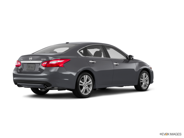 2016 nissan altima 3 5 sl tech for sale in burnaby. Black Bedroom Furniture Sets. Home Design Ideas