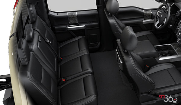 2017 Ford Chassis Cab F-350 LARIAT | Photo 2 | Black Leather