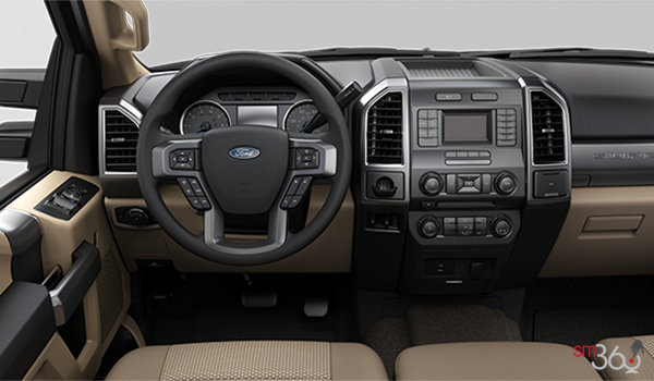 2018 Ford Chassis Cab F-450 XLT | Photo 3 | Camel Cloth Split Bench (3A)