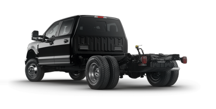 2017 Ford Chassis Cab F-350 LARIAT | Photo 5 | Shadow Black