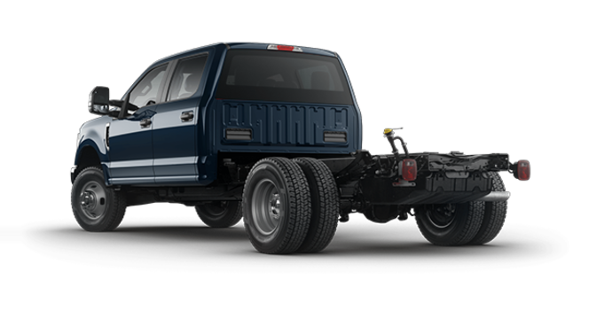 2018 Ford Chassis Cab F-350 XLT | Photo 5 | Blue Jeans