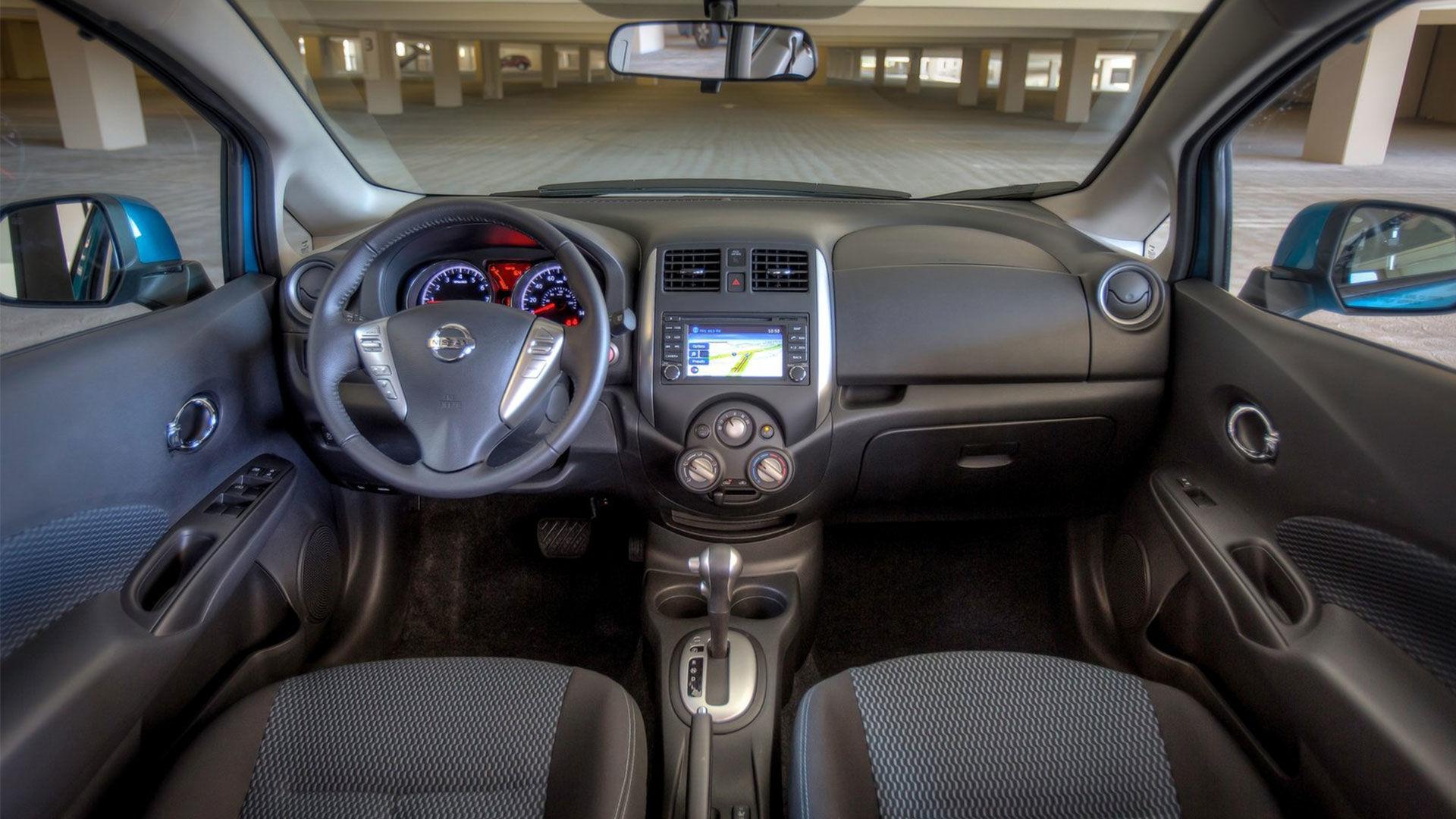 Nissan Versa Note 2014 Sous Compacte Spacieuse Et Conomique Par Michael Winthrop Nissan De