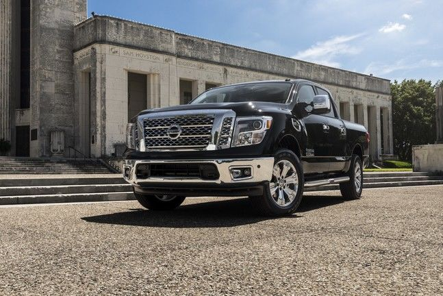 2017 Nissan Titan versus Ford F-150 in Burnaby: how to choose