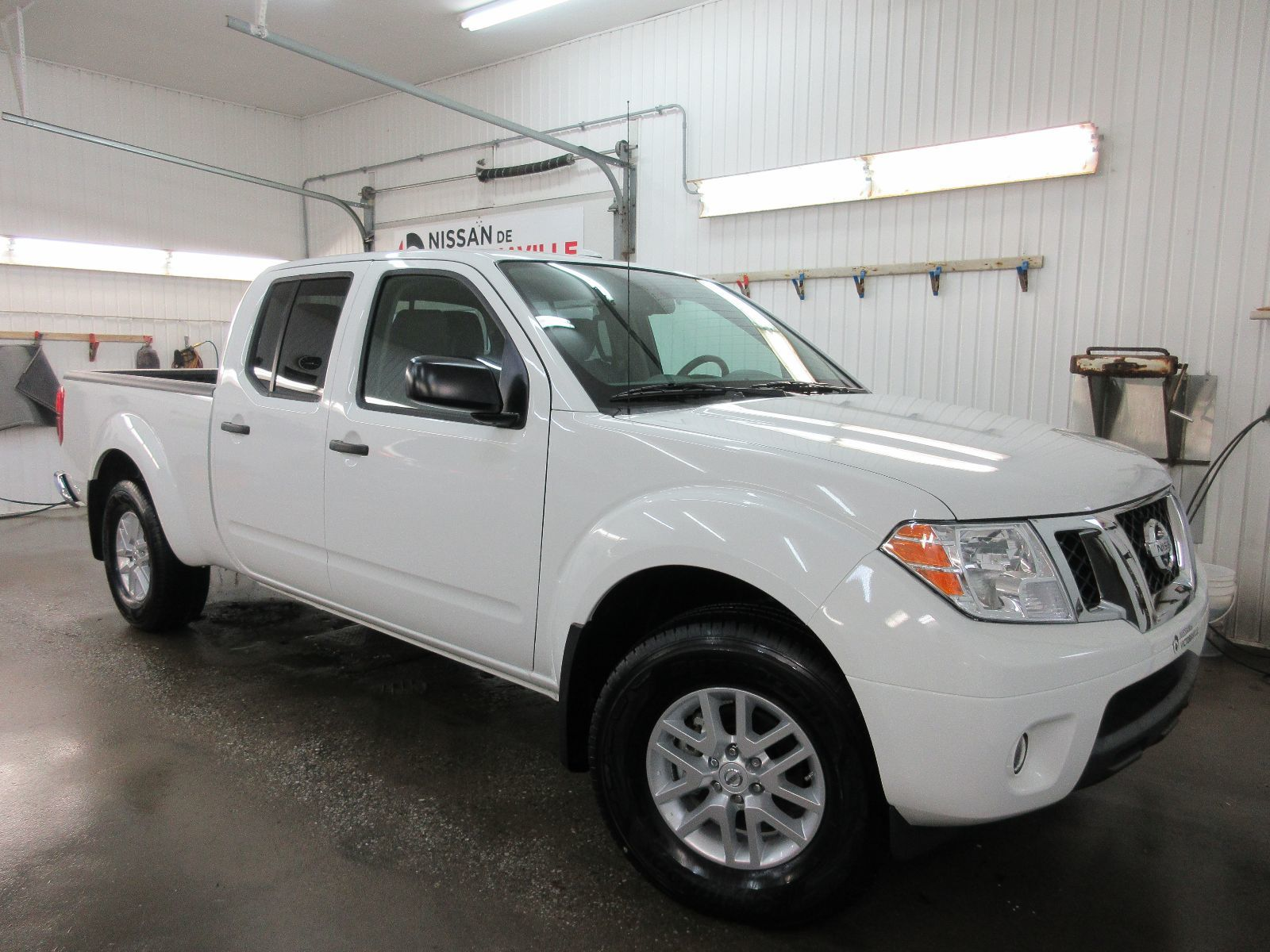 Nissan Victoriaville Used 2017 Frontier For Sale In Front Airbag Sensor 2002 Xterra