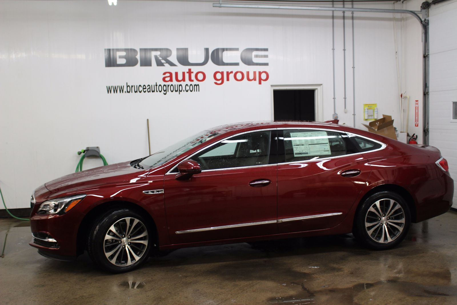 new 2017 buick lacrosse essence 3 6l 6 cyl automatic fwd 4d sedan in middleton g17149. Black Bedroom Furniture Sets. Home Design Ideas