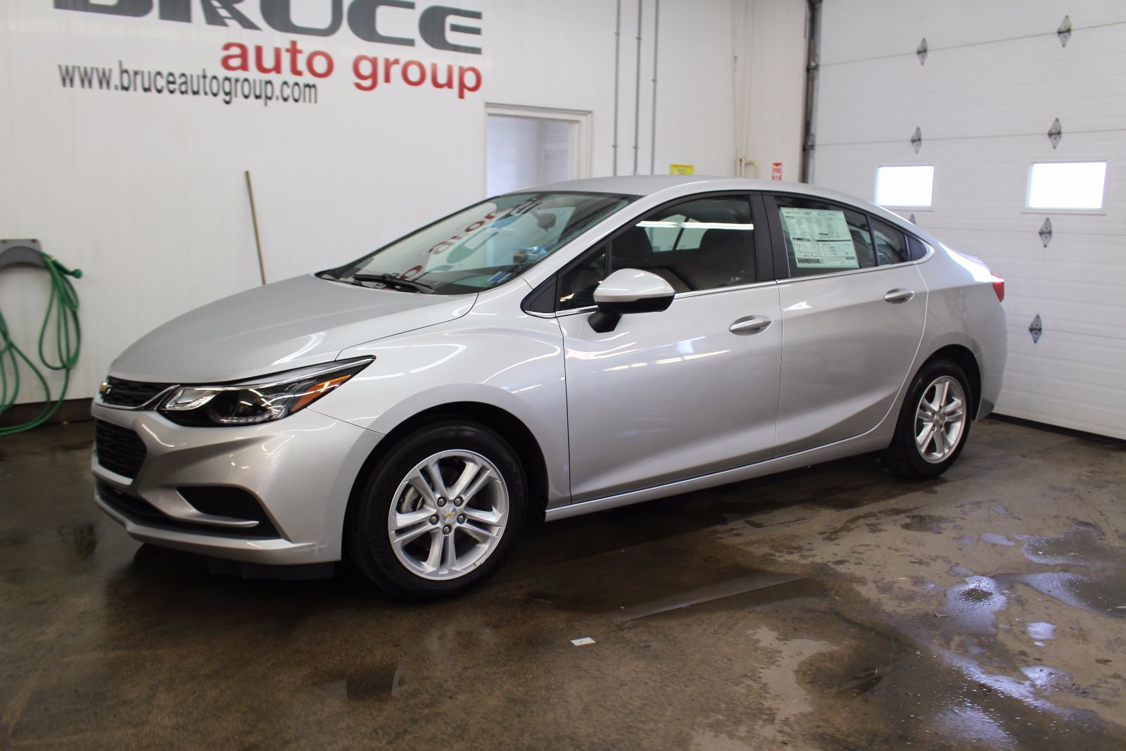 new 2017 chevrolet cruze lt 1 4l 4 cyl turbocharged automatic fwd 4d sedan for sale in middleton. Black Bedroom Furniture Sets. Home Design Ideas