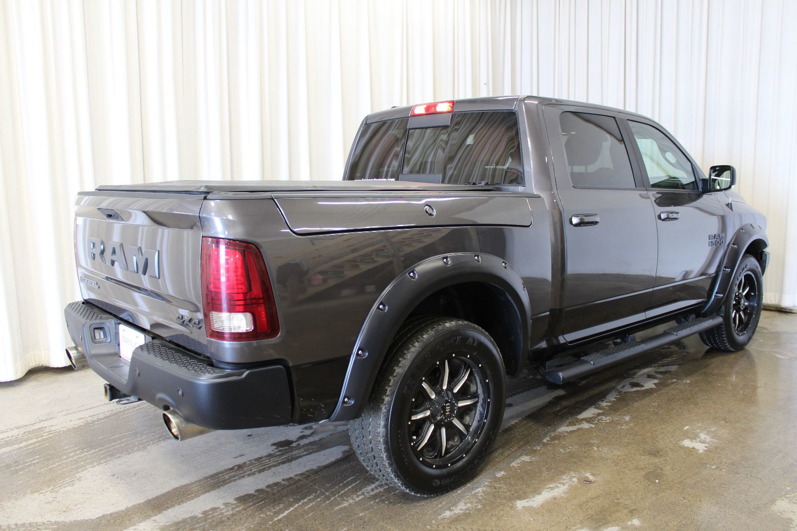 used 2016 dodge ram 1500 rebel 5 7l 8 cyl hemi automatic 4x4 crew cab in middleton gd17041a. Black Bedroom Furniture Sets. Home Design Ideas
