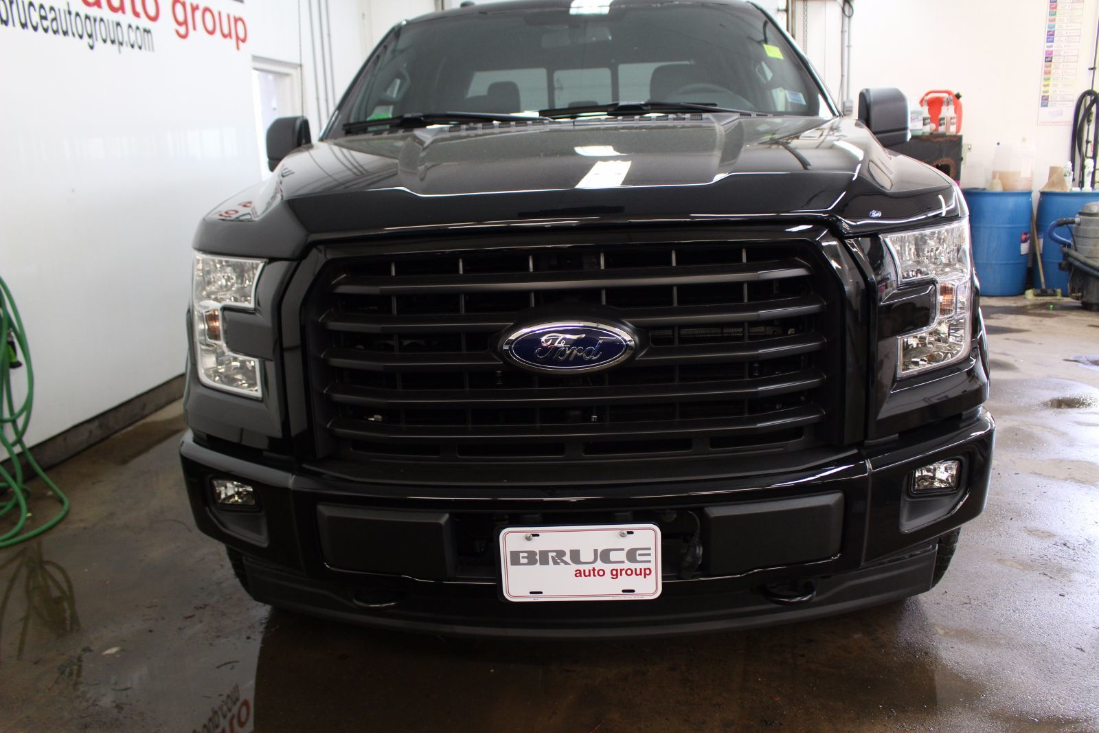 new 2017 ford f 150 fx4 5 0l 8 cyl automatic 4x4 supercrew in middleton f17353. Black Bedroom Furniture Sets. Home Design Ideas