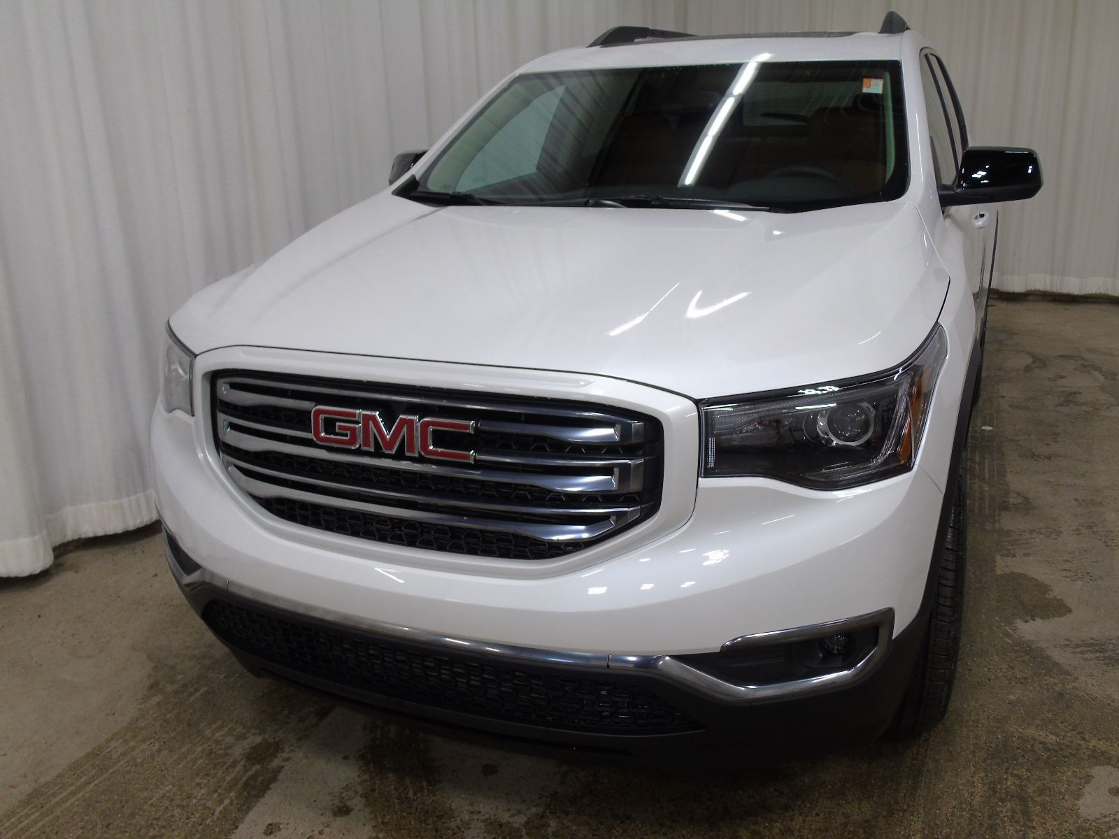 new 2017 gmc acadia slt 3 6l 6 cyl automatic awd in middleton gd17083. Black Bedroom Furniture Sets. Home Design Ideas