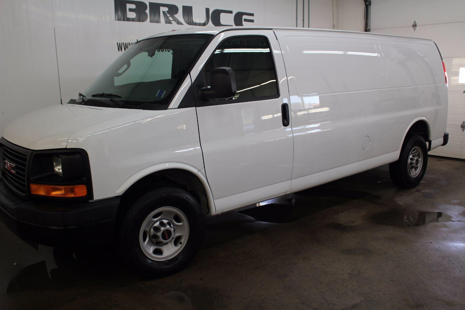used 2016 gmc savana 2500 4 8l 8 cyl automatic rwd cargo van in middleton l1475. Black Bedroom Furniture Sets. Home Design Ideas
