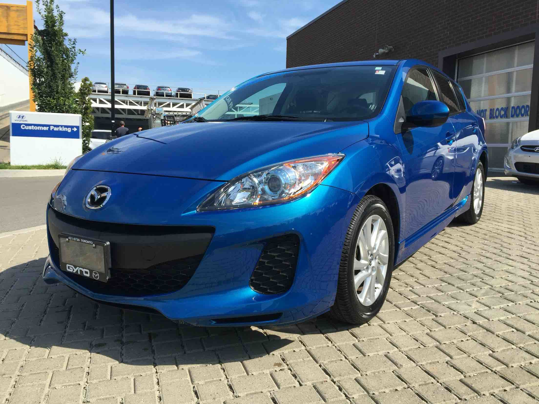 pre owned 2013 mazda mazda3 sport gs sky bluetooth cruise control in toronto used inventory. Black Bedroom Furniture Sets. Home Design Ideas