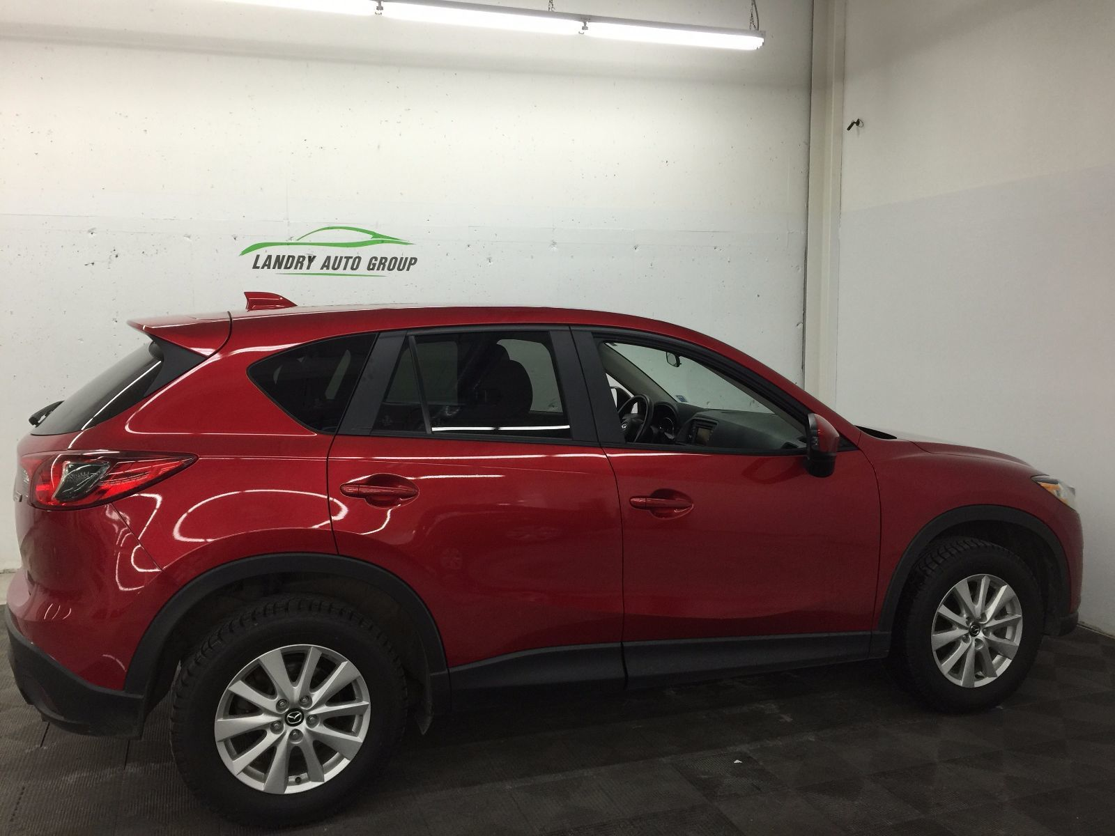 used 2014 mazda cx 5 gs in kentville used inventory kentville mazda in kentville nova scotia. Black Bedroom Furniture Sets. Home Design Ideas