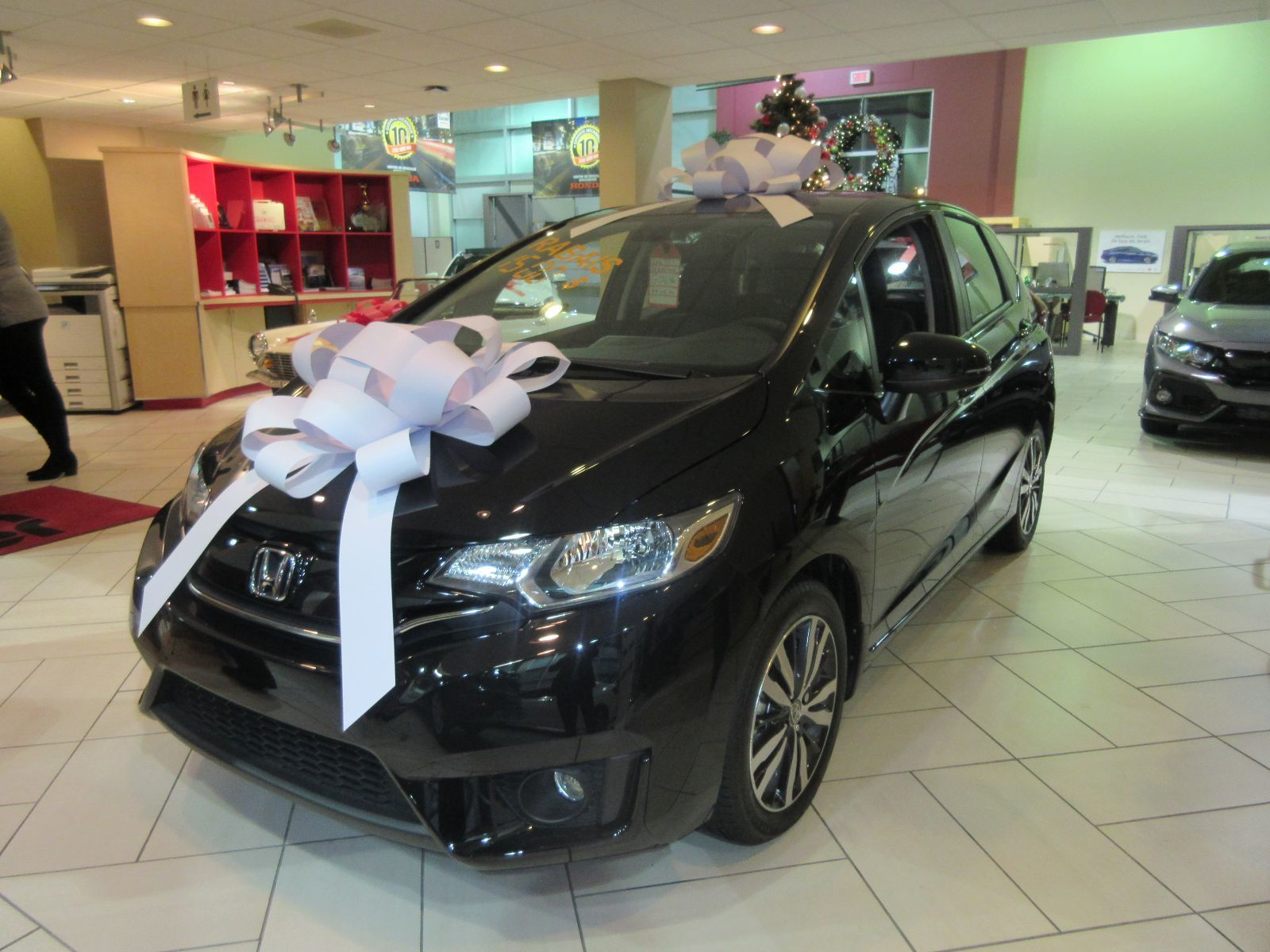 Pre owned 2016 honda fit ex l lallier honda montreal in for 2016 honda fit ex l