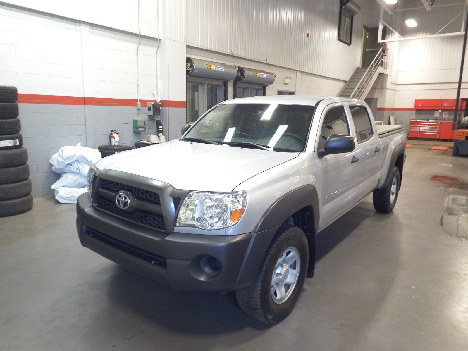 used 2011 toyota tacoma for sale in pincourt ile perrot 141281a. Black Bedroom Furniture Sets. Home Design Ideas