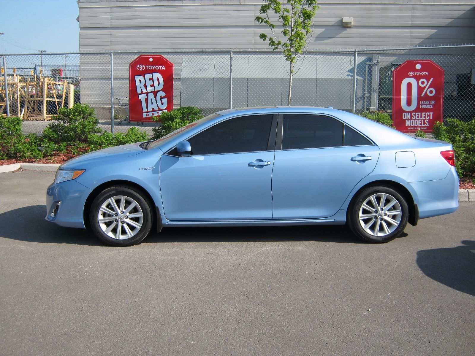 pre owned 2012 toyota camry hybrid xle hybrid in ottawa. Black Bedroom Furniture Sets. Home Design Ideas