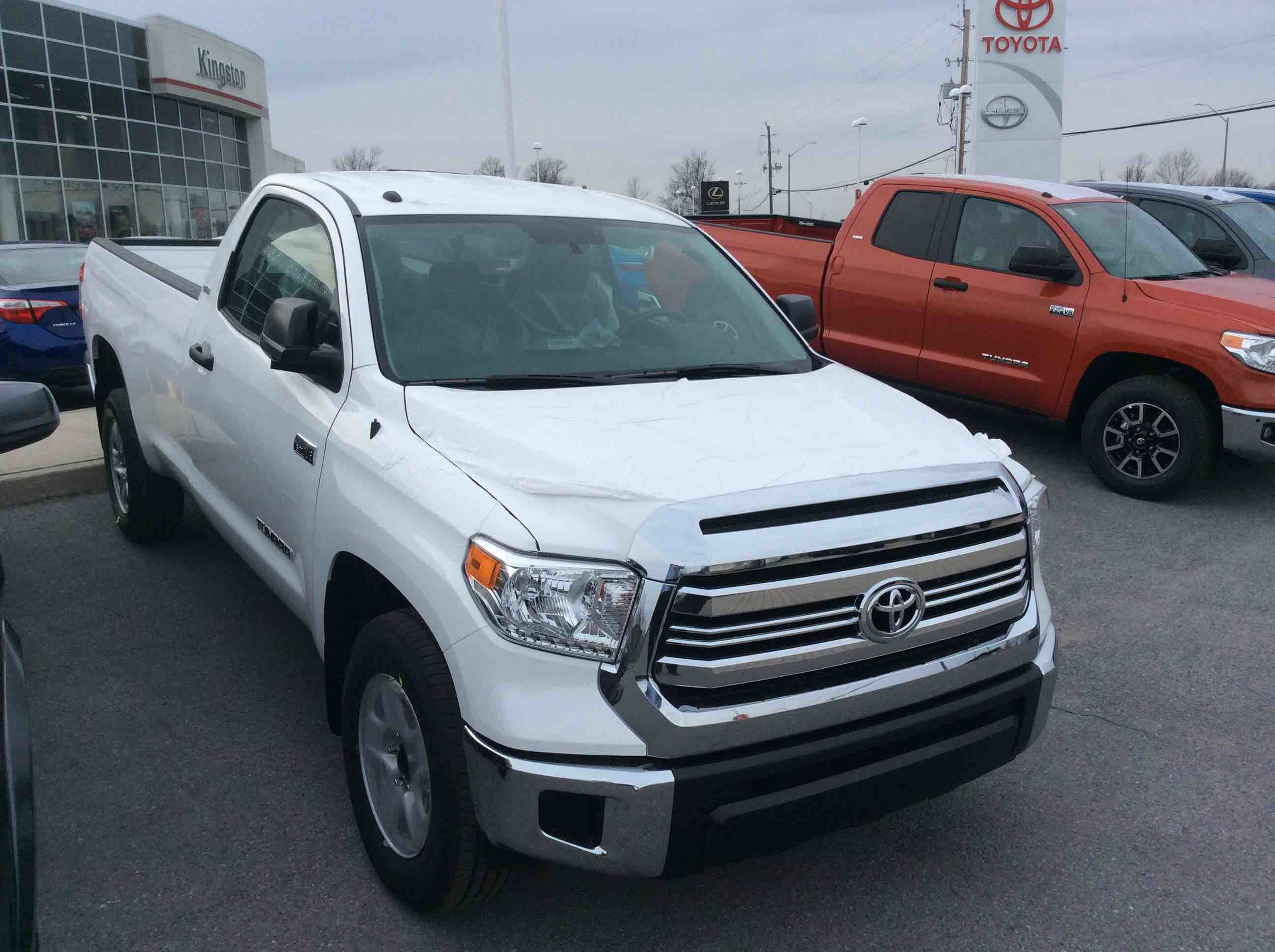 new 2016 toyota tundra 4x4 reg cab sr long bed 5 7 6a for sale in kingston kingston toyota in. Black Bedroom Furniture Sets. Home Design Ideas