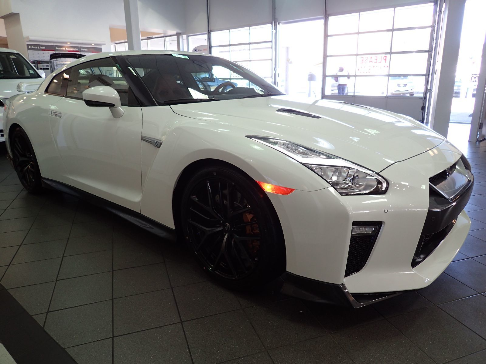2017 nissan gt r premium interior package brand new in for Nissan gtr interieur