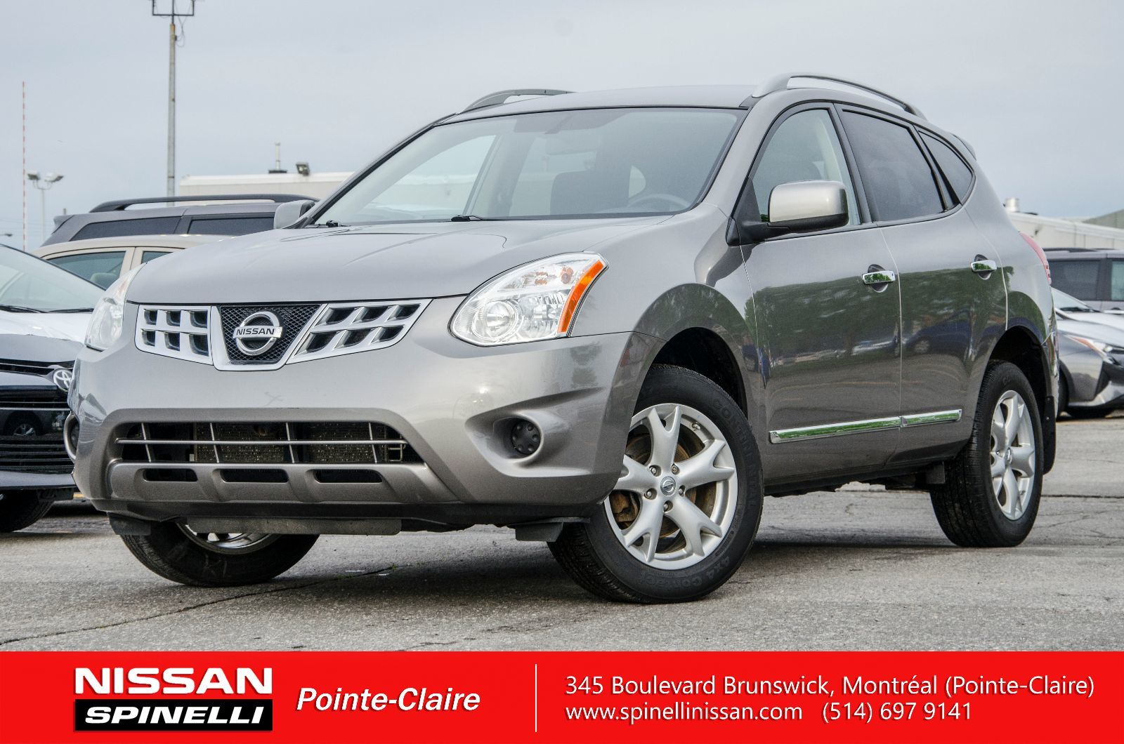 used 2011 nissan rogue sv in montreal laval and south shore 170278a. Black Bedroom Furniture Sets. Home Design Ideas