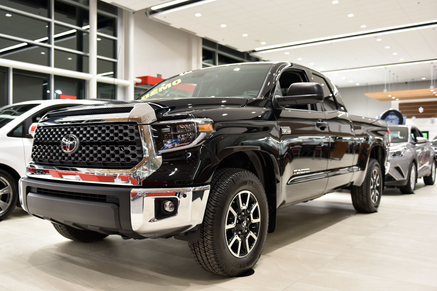 Used 2019 Toyota Tundra TRD Off-Road for sale in Montreal ...