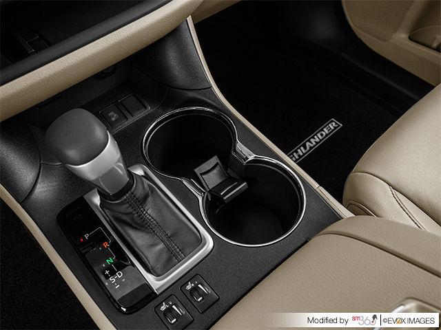 New 2017 Toyota Highlander Hybrid XLE For Sale In Pincourt