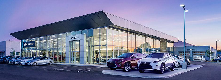 Lexus dealership in Montreal