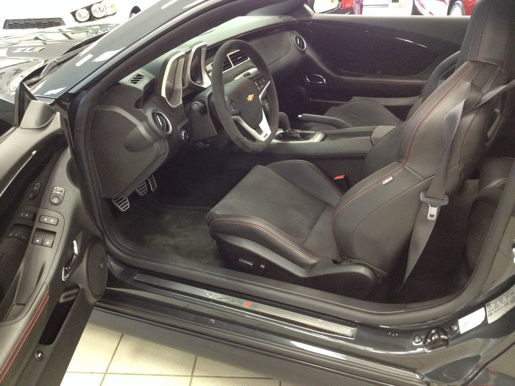 2014 Chevrolet Camaro ZL1 v8 supercharged 580hp carbone