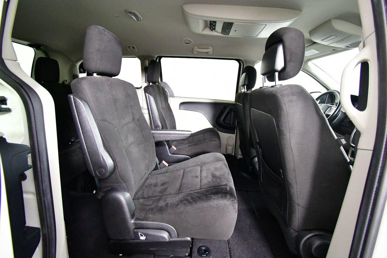 Photo Dodge Grand Caravan SE 2012