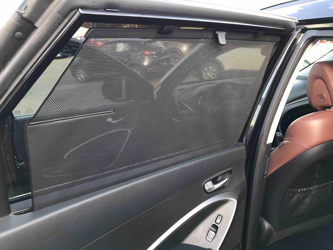Photo 2013 Hyundai Santa Fe XL 3 ROWS! LIMITED! LEATHER! AWD! PANO ROOF! LIMITED! LEATHER! AWD! PANO ROOF!