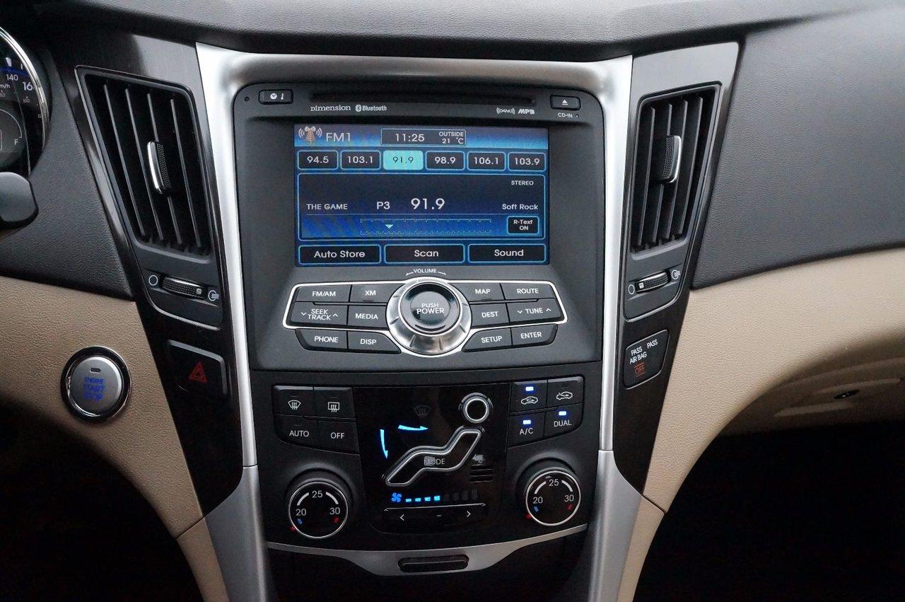 2011 Hyundai Sonata Leather! Sun/Moonroof! Heated Front/Rear Seats!