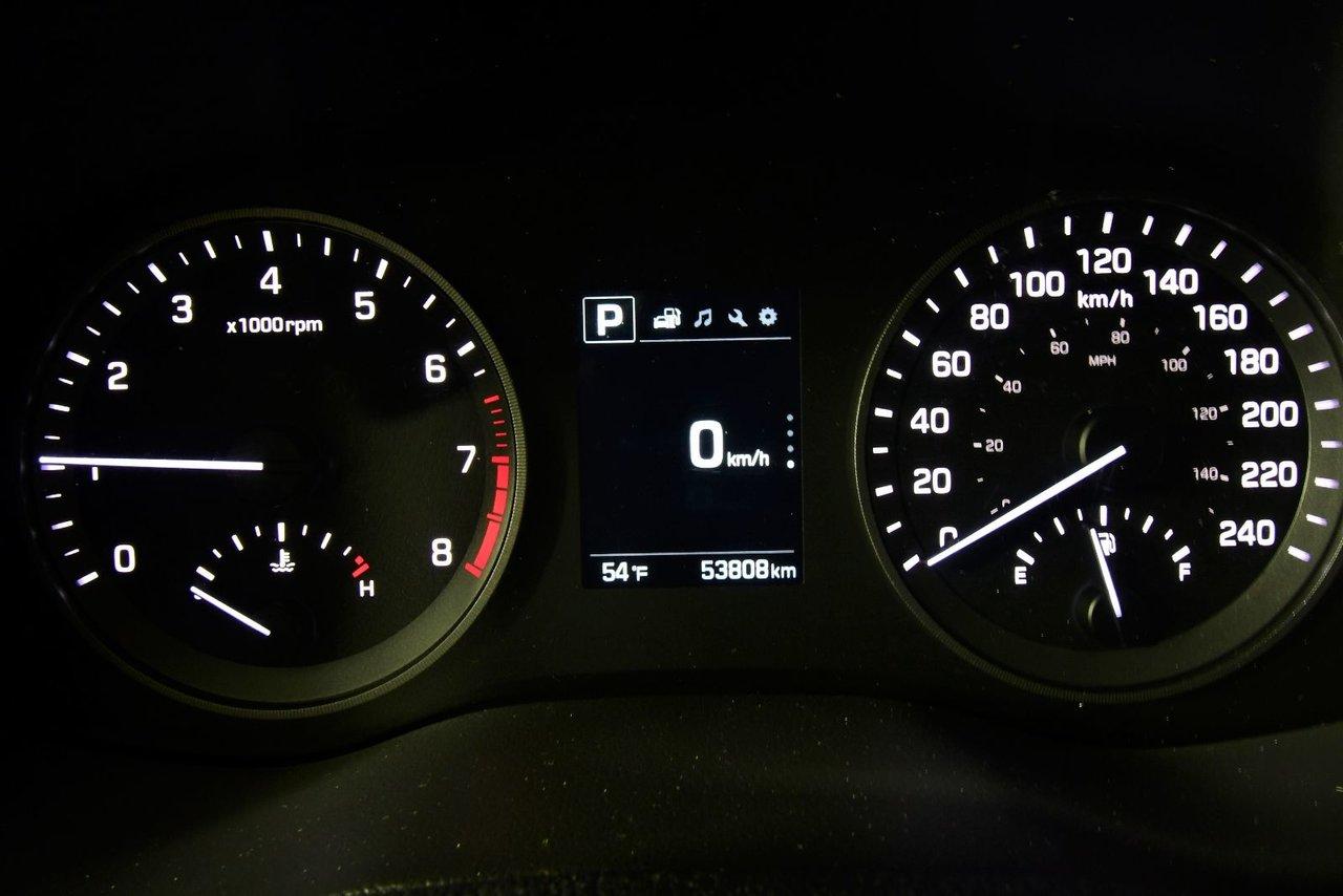 Photo 2017 Hyundai Tucson SE AWD LEATHER PANO ROOF Low kilometers
