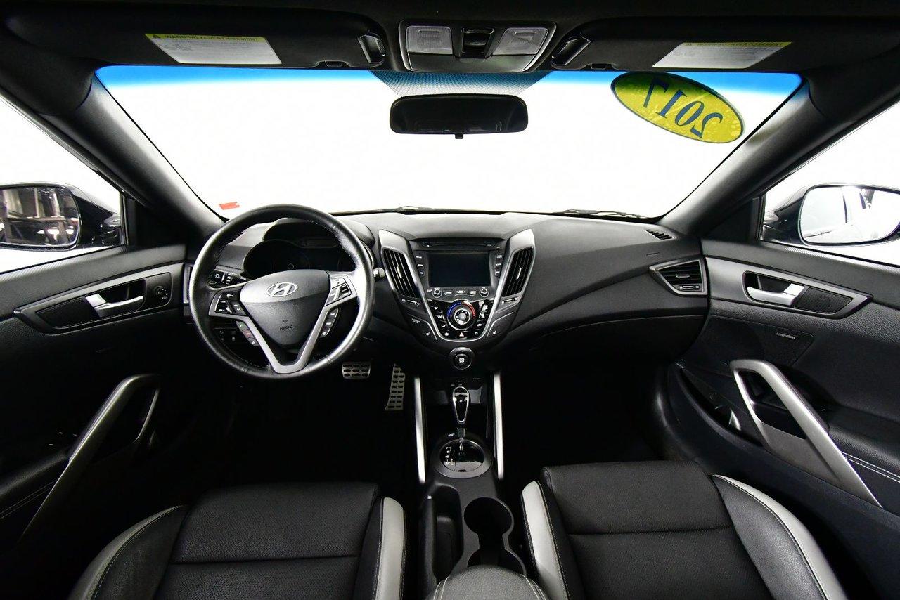 Photo Hyundai Veloster Turbo. Low KM. Dual sunroof. 2017 Turbo