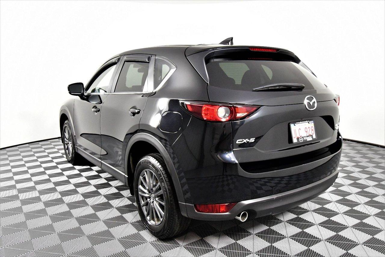 Photo Mazda CX-5 GX Factory Warranty 0% Financing Available 2017 garantie