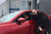 Félicitations Mme Henley pour l'achat de votre nouvelle Mazda 2017