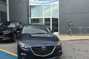 Félicitations Monsieur Lafreniere pour votre Mazda et merci de faire confiance à Chambly Mazda