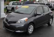 Toyota Yaris LE MANUEL 2013