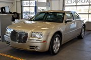 Chrysler 300 300C AWD HEMI 2006 300C AWD HEMI 8 PNEUS