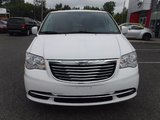 2014 Chrysler Town & Country TOURING**GPS**SUNROOF**BACKUP CAMERA