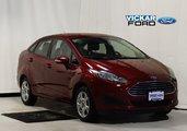2016 Ford Fiesta (4) SE
