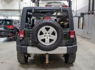 2011 Jeep Wrangler Unlimited SAHARA 4X4; MANUELLE A/C 2 TOITS MAGS