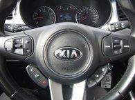 2014 Kia Rondo LX 7 PASSAGERS