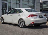 2016 Lexus IS 300 **PREMIUM AWD**