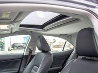 2017 Lexus IS 300 GROUPE LUXE, 2 ENS. DE PNEUS, BAS KILOS!