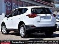 2015 Toyota RAV4 LE FWD SUPER CLEAN!!!!!