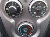 2012 Toyota Yaris PREMIER VERSEMENT EN MARS 2017