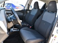 2015 Toyota Yaris LE HB