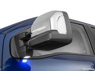 2017 Nissan Titan XD Gas PLATINUM