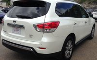 2016 Nissan Pathfinder SV FOUR WHEEL DRIVE 3rd ROW SEATING